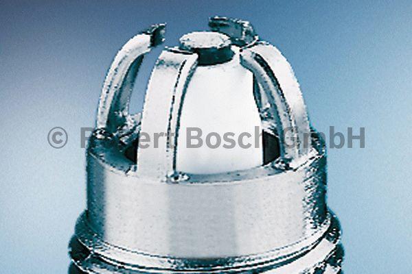 Bougie d'allumage - BOSCH - 0 242 240 590