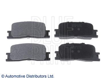 Kit de plaquettes de frein, frein à disque - BLUE PRINT - ADG042147