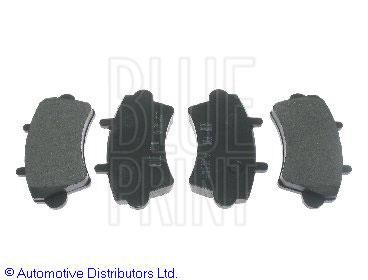 Kit de plaquettes de frein, frein à disque - BLUE PRINT - ADG04245