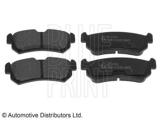 Kit de plaquettes de frein, frein à disque - BLUE PRINT - ADG04280
