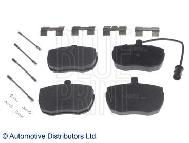 Kit de plaquettes de frein, frein à disque - BLUE PRINT - ADJ134215