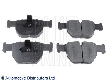 Kit de plaquettes de frein, frein à disque - BLUE PRINT - ADJ134216