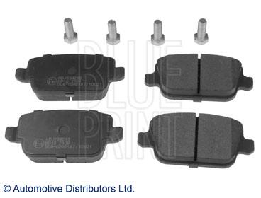 Kit de plaquettes de frein, frein à disque - BLUE PRINT - ADJ134219