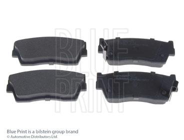 Kit de plaquettes de frein, frein à disque - BLUE PRINT - ADK84227