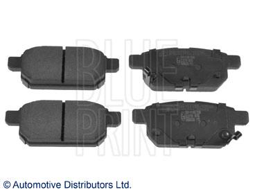 Kit de plaquettes de frein, frein à disque - BLUE PRINT - ADK84238